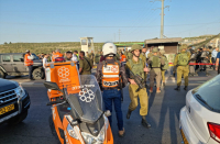 Two Israelis critically hurt in West Bank shooting