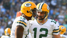 Davante Adams posts cryptic tweet and Packers fans are worried that it's about Aaron Rodgers