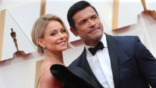 Kelly Ripa Shares Impress Consuelos' 'Simplest Gift Ever' As She Celebrates 25th Wedding Anniversary