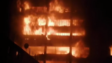 WATCH: Fordsburg eight-ground warehouse in flames