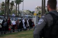 Police block Jerusalem Ragged City streets for final Ramadan Friday prayers