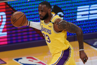 LeBron James hits huge 3 to lift Lakers over Warriors for No. 7 seed in Western Conference