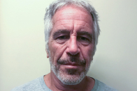 Jeffrey Epstein jail guards get deferred prosecution deal in suicide case