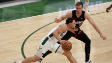 Bryn Forbes' hot start sparks an offensive explosion as Bucks rout Warmth in Sport 2