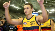 Doedee signs fresh AFL deal with Adelaide