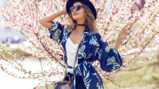 17 Astounding Summer Kimonos That Will Add Glamour to Your Outfit