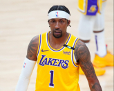 Kentavious Caldwell-Pope leaves Sport 3 with left quad injury