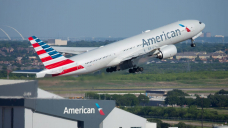 American Airlines received't offer booze in economy until September, points to violent incidents