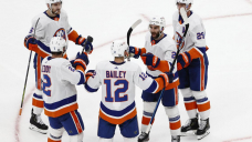Cizikas' OT goal lifts Islanders past Bruins 4-3 in Sport 2