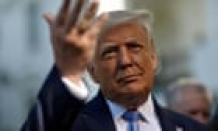 Trump shuts down blog he started less than a month ago – US politics live