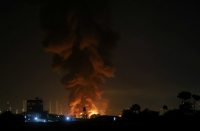 Iran: Tall fire reported in oil refinery in Tehran