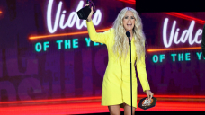 CMT Awards 2021 top moments: Taylor Swift wins remotely, H.E.R. slays with Chris Stapleton