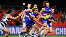 AFL shifts Melbourne matches to Tasmania