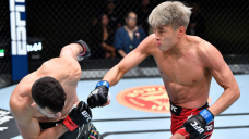 UFC on ESPN 25 video: Seung Woo Choi stings Julian Erosa with quick TKO flurry