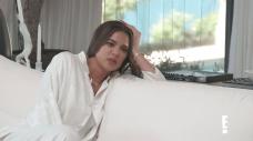 Khloe Kardashian Asks Kim, Kourtney for Guidelines on 'Extraordinary' Surrogacy Process