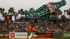 Johnny Cueto dazzles in front of big crowd, Giants beat A's
