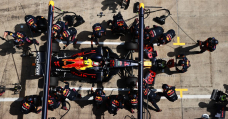 The FIA Thinks F1 Pit Stops Are Too Quick, Is Bringing In Tips To Behind Them Down