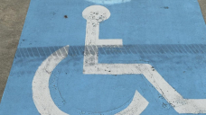 Vic venue sorry over wheelchair refusal