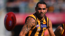 'Silk' a perfect fit for AFL's 400-membership