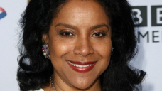 Phylicia Rashad Apologizes After 'Upsetting' Tweet About Invoice Cosby
