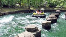 1 unimaginative, 3 injured at Adventureland Park in Iowa after raft overturns on water ride