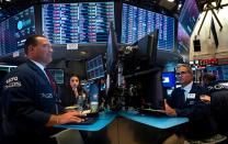Charts suggest stocks headed higher despite present dangers, Jim Cramer says