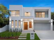 Crazy auction sets new $3m suburb record