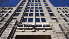 Washington Put up reporter sues paper for discrimination