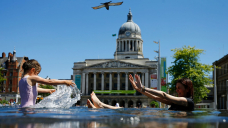 Heatwaves: UK lives at risk from 'harmful perception gap'