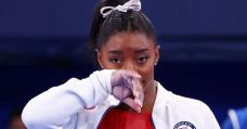 Breaking: Simone Biles wins bronze on beam return