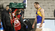 Eagles apologise to Hurn for 300-game flop