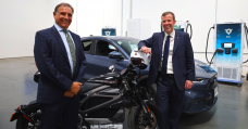 Australia's Minister for trade has been playing with EVs in the US: MachE, Livewire and unreleased Canoo
