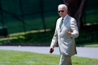 Biden's tan suit reminds social media of Obama's famous 2014 fashion choice