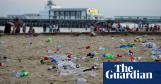 Coca-Cola most common littered brand on UK beaches, says study
