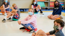 Wait on to faculty: Younger kids need COVID testing and lots of it. Why is it so hard to bag?