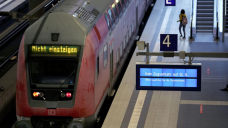 Germany: Labor strike disrupts train service for 2nd day