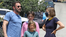 Ben Affleck Celebrates His 49th Birthday With Teenagers Violet, 15, Seraphina, 12, & Samuel, 9, In LA — Photos