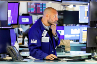 Dow futures fall slightly after 30-stock average snaps 5-day winning streak