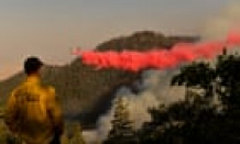 Wildfire sweeps through California mobile home park