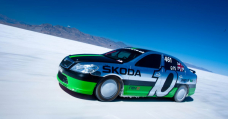 That Time A 2.0 Skoda Octavia Did 227mph At Bonneville