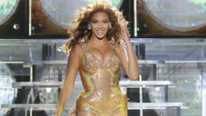 Beyoncé Holds Daughter Rumi's Hand In Cute Unusual Video Forward Of Helicopter Scoot