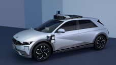 BREAKING: Motional and Hyundai unveil IONIQ 5 robotaxi. Stage 4 by 2023, using Lyft for the service