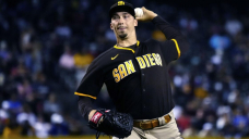 Snell pulled after 7 no-hit innings, Padres beat D-backs 3-0