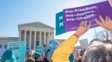Kelly Rowland, Alyssa Milano & Extra Stars Say Outrage At Texas' Unique Abortion Regulations