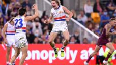 Canines have no straight swap for Weightman