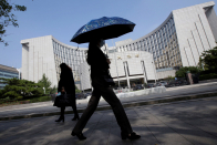 China's central bank keeps the brakes on economic stimulus