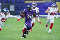Ravens' Gus Edwards, Marcus Peters suffer torn ACL injuries abet-to-abet during practice