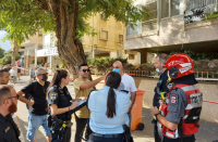 Building evacuated in Holon over fear of possible collapse