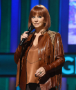Reba McEntire Will get Rescued From Building After Staircase Collapses
