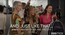 Carrie and Spacious Dance (and Kiss!) in 1st 'And True Like That' Promo